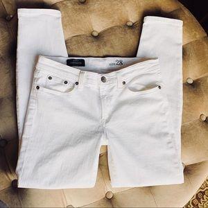 J Crew Toothpick Skinny Crop White Jeans Sz 28 6